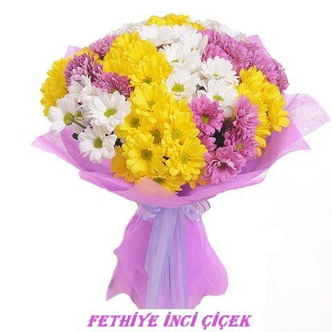 Küçük Boy Kır Çiçekli Buket